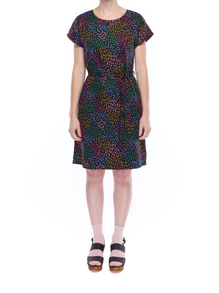 kimono_sleeve_dress_dash_puzzle_front