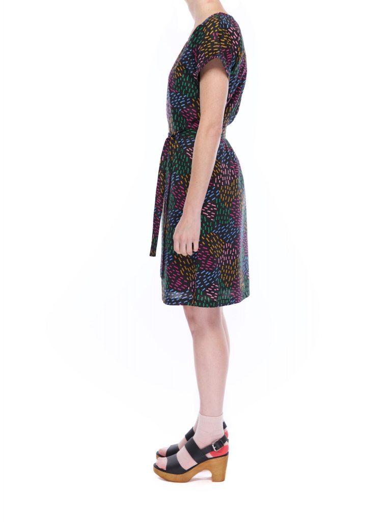 kimono_sleeve_dress_dash_puzzle_side