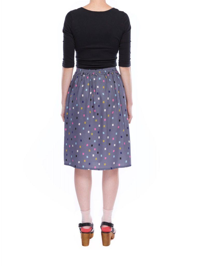 pleat_skirt_blocks_back